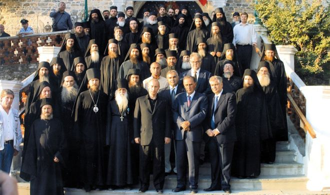 President Putin visiting the monastery and the Tsantali project (photo Carlos Arruda)